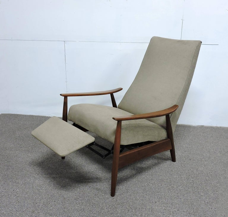 Milo Baughman Mid Century Modern Recliner Lounge Chair For Thayer