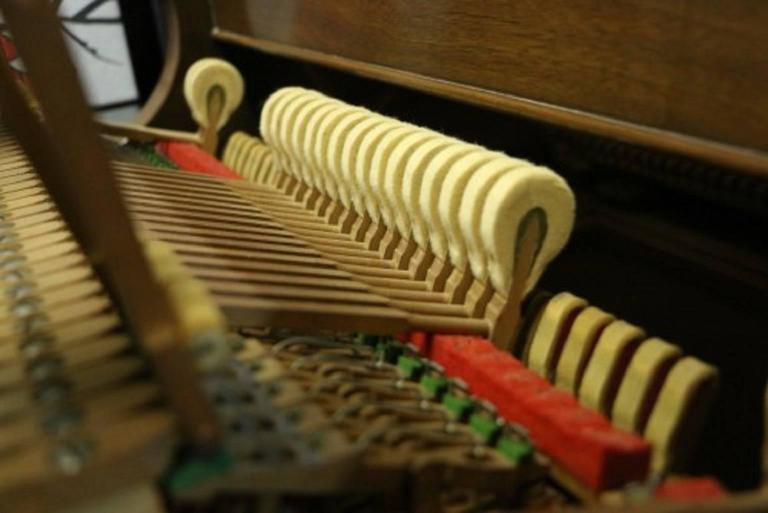 Art Case La Petite Baby Grand Walnut by Winter Piano Company Refin./Refurb 10