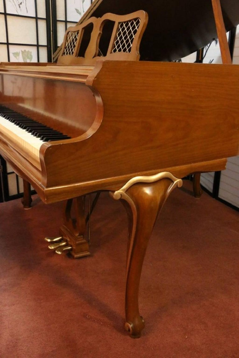 Art Case Chippendale Style Walnut Knabe Baby Grand Piano with Gold Trim 2