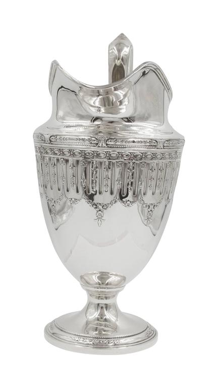 Marie Antoinette Water Pitcher In Excellent Condition For Sale In Brooklyn, NY