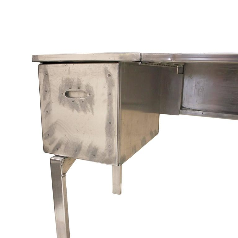 Vintage Industrial Mid-Century Modern Aluminum Folding Desk In Good Condition For Sale In Lafayette, IN
