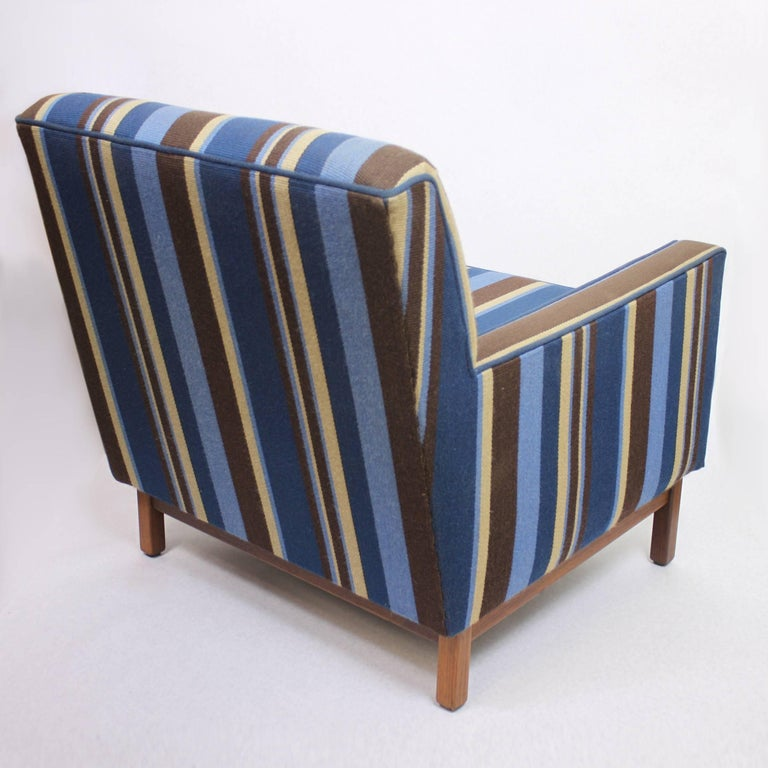 Upholstery Spectacular Pair of Mid-Century Modern Blue Striped Lounge Chairs by Gunlocke For Sale