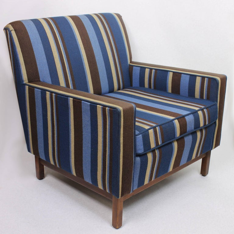 Spectacular Pair of Mid-Century Modern Blue Striped Lounge Chairs by Gunlocke For Sale 1