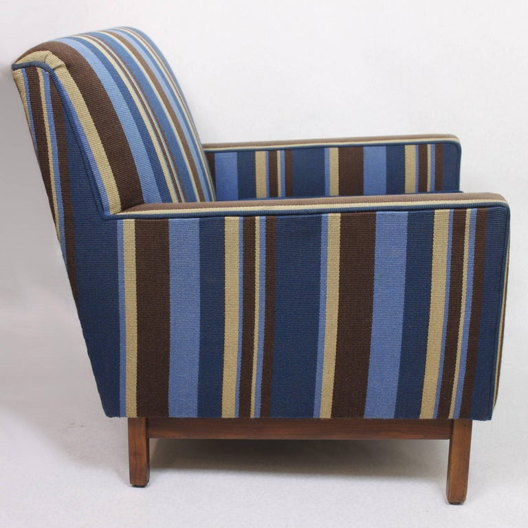 Spectacular Pair of Mid-Century Modern Blue Striped Lounge Chairs by Gunlocke For Sale 3