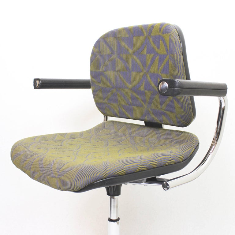 Late 20th Century Vintage Mid-Century Modern Euro-Chair Desk Chair by Fritz Makiol for Girsberger For Sale