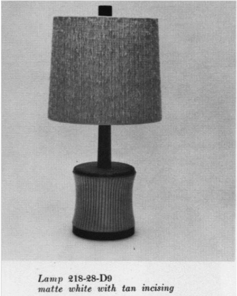 Mid-20th Century Vintage Martz Marshall Studios Mid-Century Modern White Ceramic Table Lamp For Sale