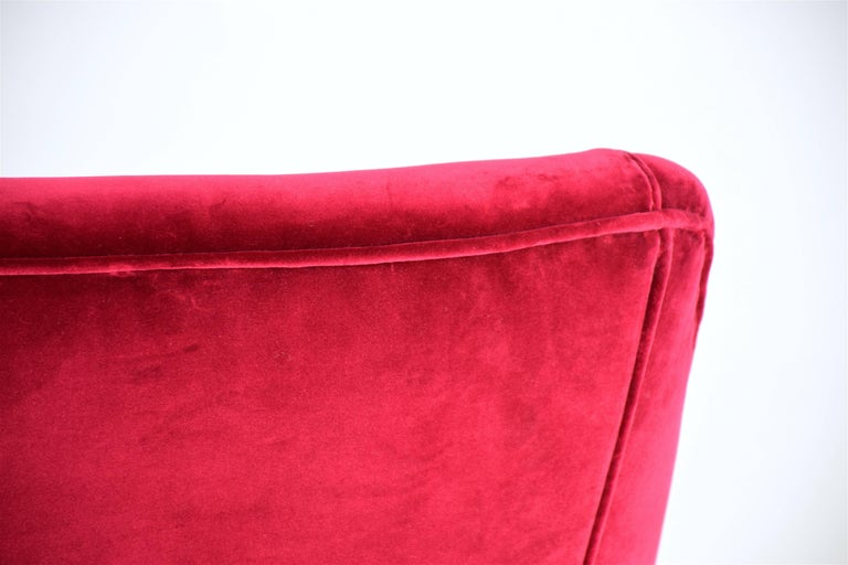 Italian Mid-Century Velvet Sofa In the Manner of Ico Parisi, 1950s For Sale 2