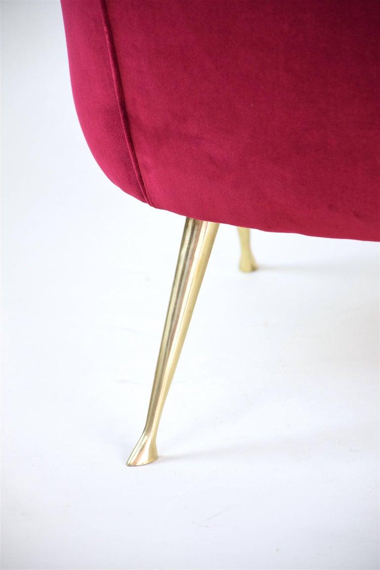 Italian Mid-Century Velvet Sofa In the Manner of Ico Parisi, 1950s For Sale 3