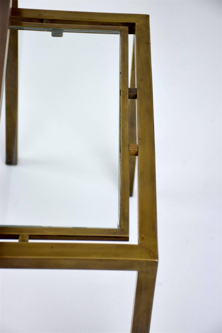 Pair of French Brass Nesting Side Tables, 1970s In Good Condition In Paris, FR