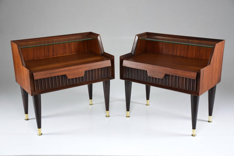 Pair of Italian Midcentury Nightstands In the Manner of Gio Ponti, 1950-1960  In Good Condition For Sale In Paris, FR