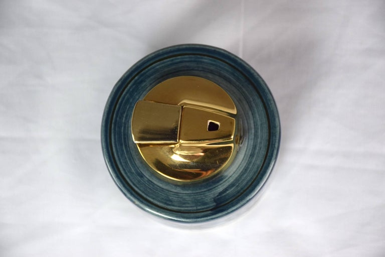 Midcentury Vintage Ronson Ceramic Table Lighter In Excellent Condition For Sale In Paris, FR
