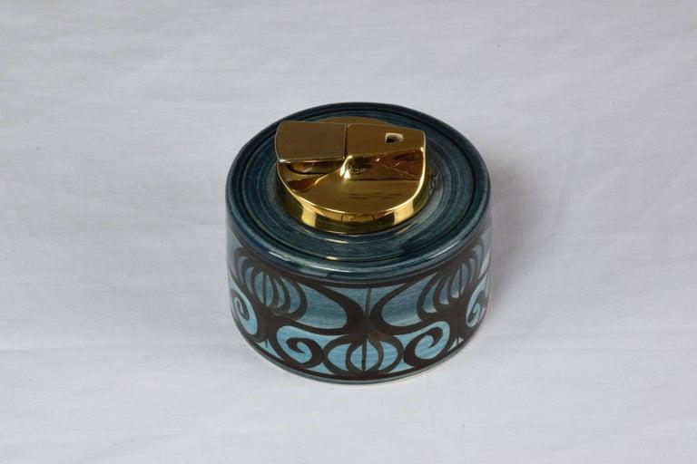 Midcentury Vintage Ronson Ceramic Table Lighter For Sale 4