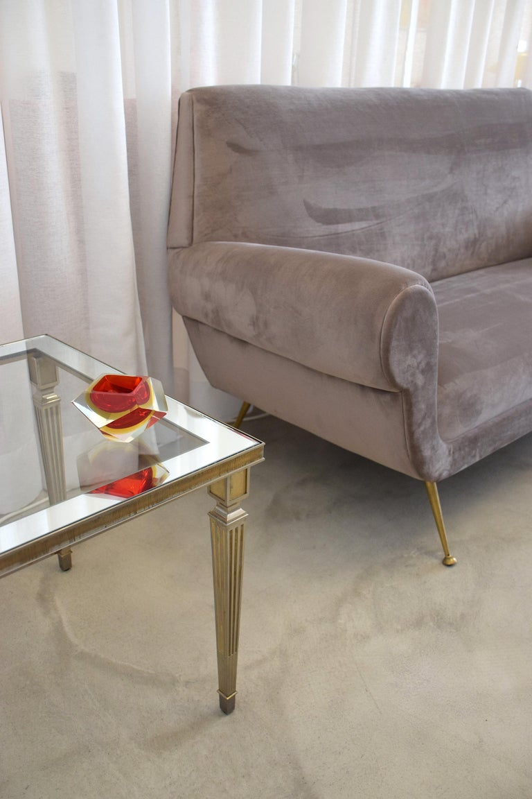 Italian Mid-Century Modern Sofa by Gigi Radice, 1950s In Good Condition For Sale In Paris, FR