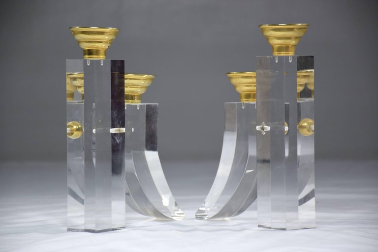 French Pair of Vintage Plexiglass Candlesticks or Bookends, 1970s For Sale 4