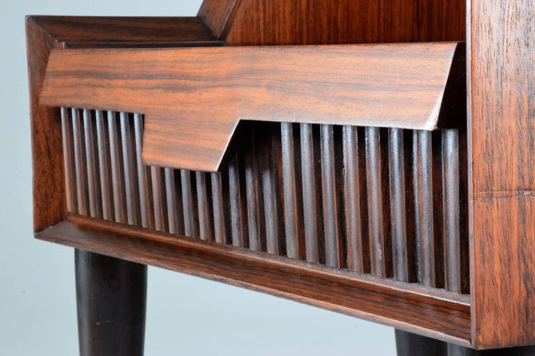 Pair of Italian Midcentury Nightstands In the Manner of Gio Ponti, 1950-1960  For Sale 3