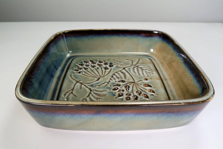Mid-Century Modern Bing & Grondahl Classic Danish Modern Olive Green Leaf Porcelain Bowl, 1950s For Sale
