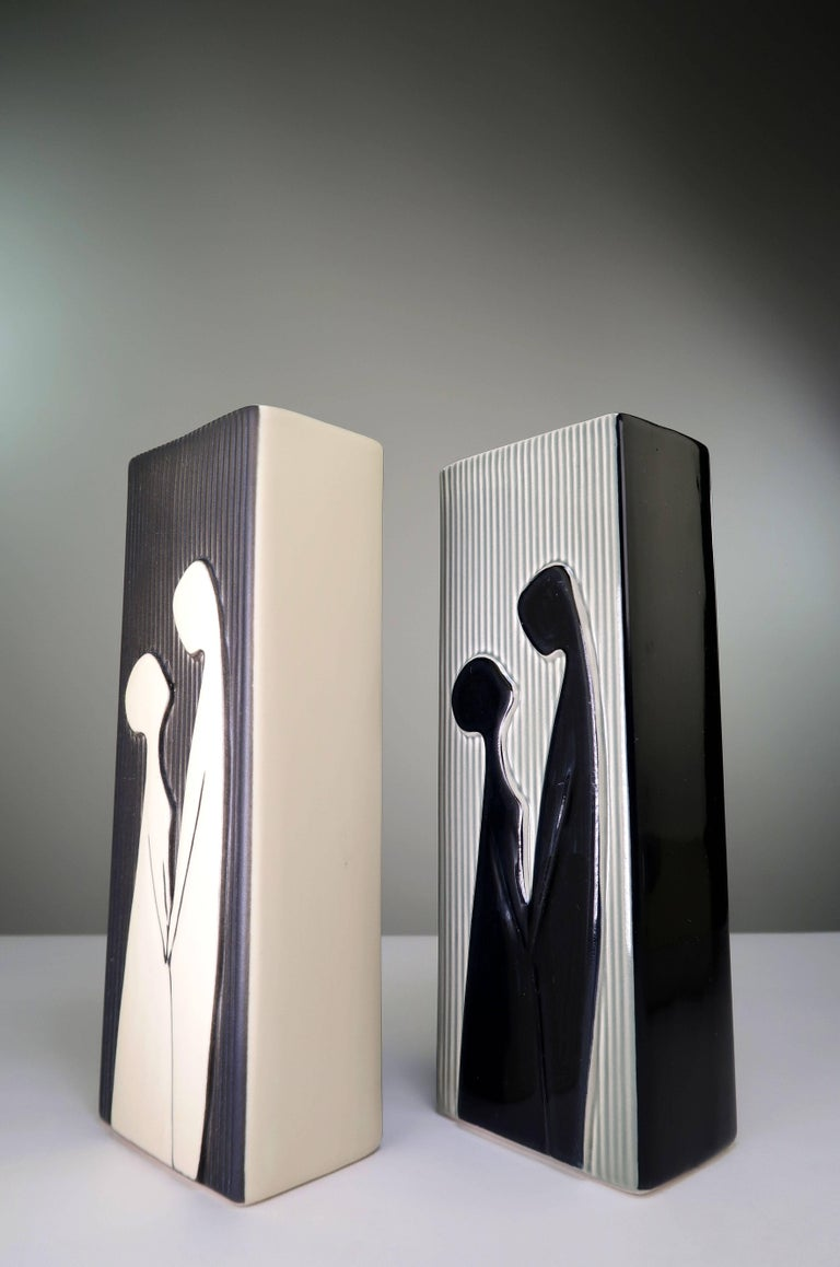 Two graphically stunning rectangular shaped vases by Svend Aage Holm Sørensen from the series
