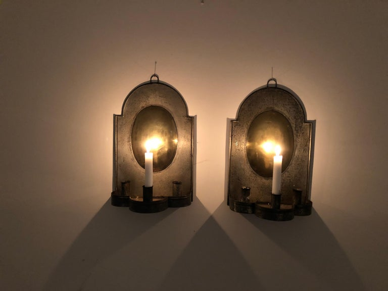 Pair of Early American Tin and Brass Sconces In Good Condition For Sale In Stockton, NJ