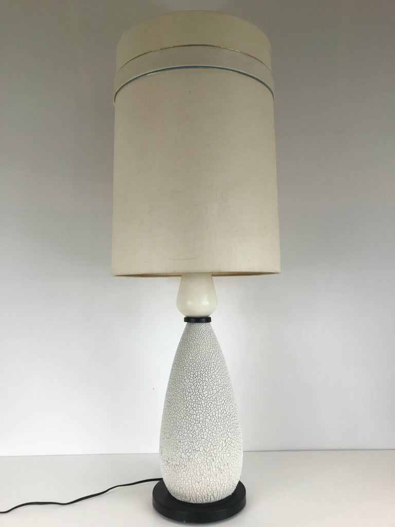 Mid-Century Modern Pair of Mid-Century Ceramic Table Lamps For Sale