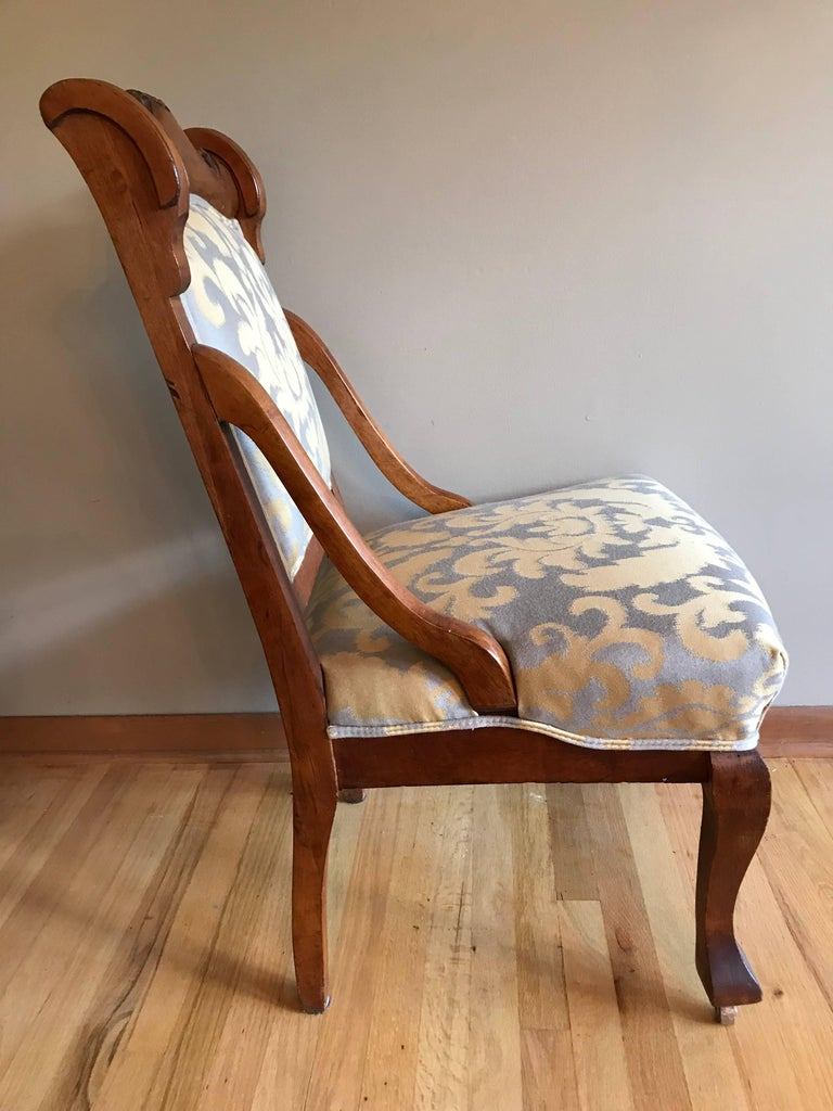 Late Victorian Pair of 19th Century Carved Walnut Chairs For Sale
