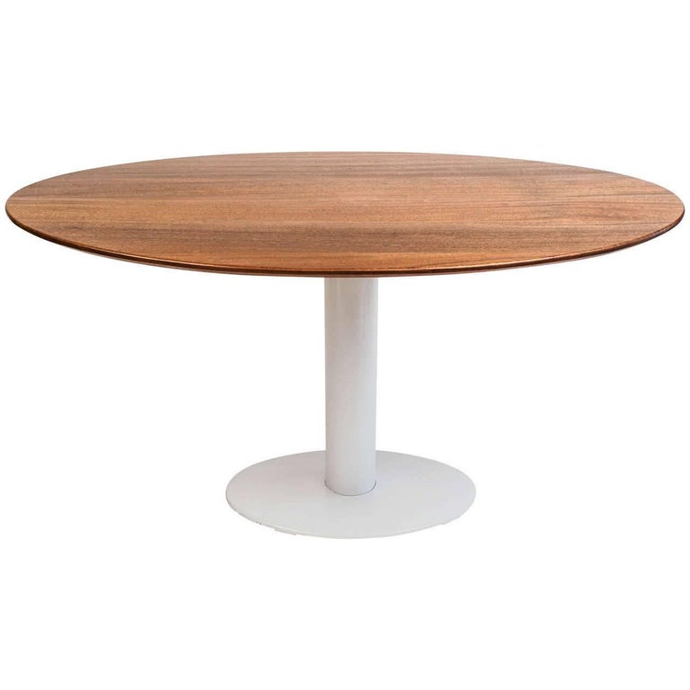 Dinning or Kitchen Table in the Style of Saarinen