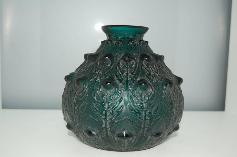 Fine Deepgreen Vase 'Fougeres' by R. Lalique 5