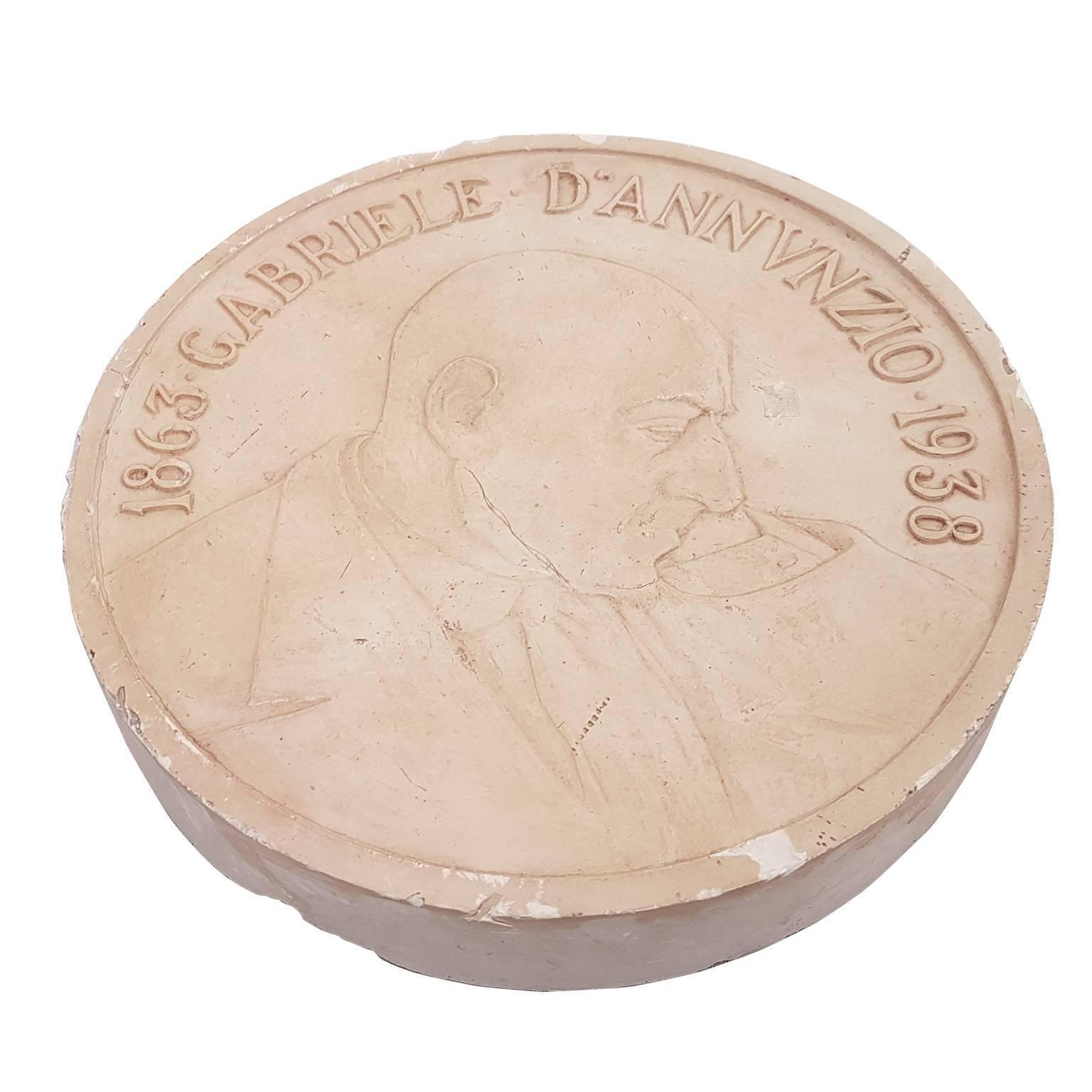 Bronze Cast Representing Gabriele D'Annunzio by Mistruzzi, 20th Century