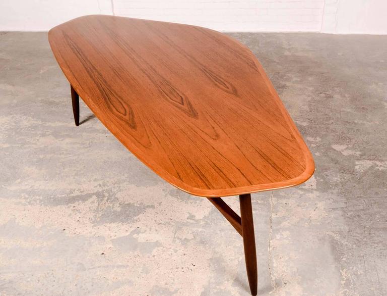 Mid Century Free Form Kidney Shaped Coffee Table Designed By Svante Skogh 2