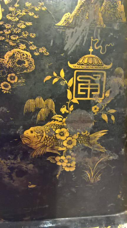 19th Century Large Chinoiserie Iron Tray with Black and Gold Detailing 4