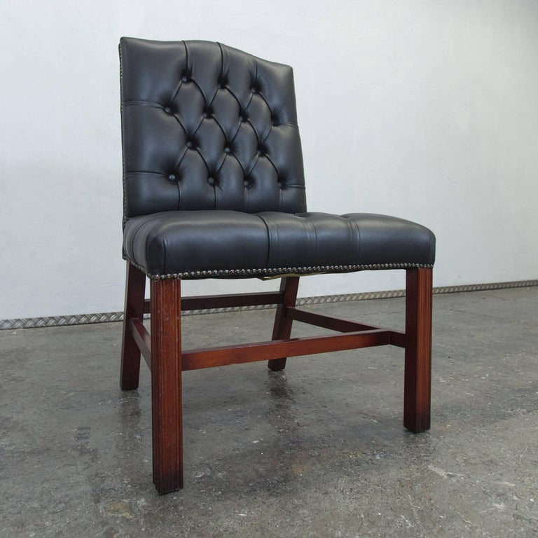 original centurion chesterfield leather chair green for sale at 1stdibs. Black Bedroom Furniture Sets. Home Design Ideas