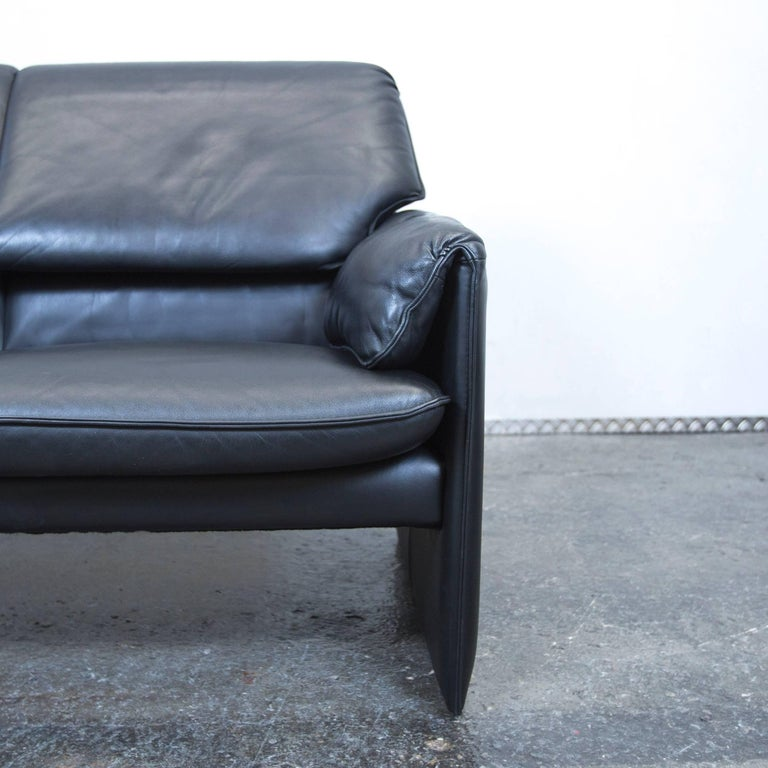 Leolux Designer Sofa Black Three Seat Couch Function Modern At 1stdibs