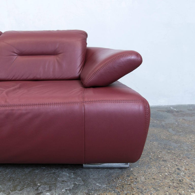 designer corner sofa bordeaux red leather couch function recamiere modern at 1stdibs. Black Bedroom Furniture Sets. Home Design Ideas