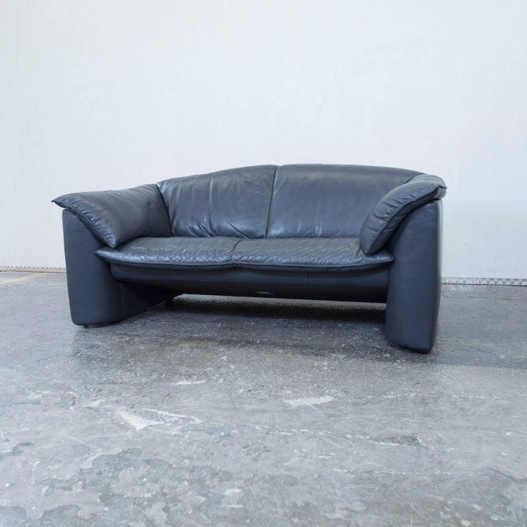 leolux designer leather sofa blue two seat couch modern at. Black Bedroom Furniture Sets. Home Design Ideas