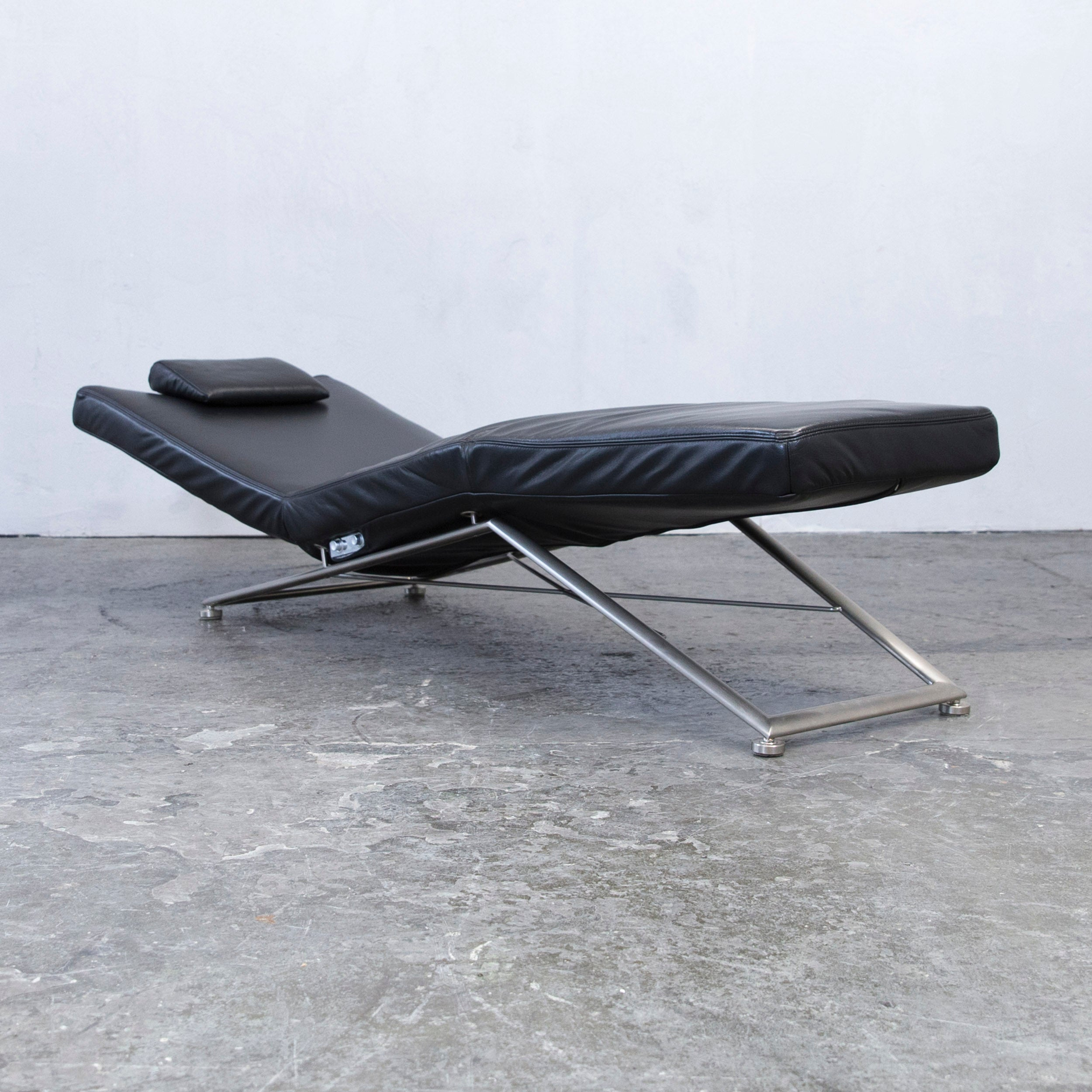 Koinor Designer Chaise Longue Leather Black Recamiere Chair Function Modern At 1stdibs