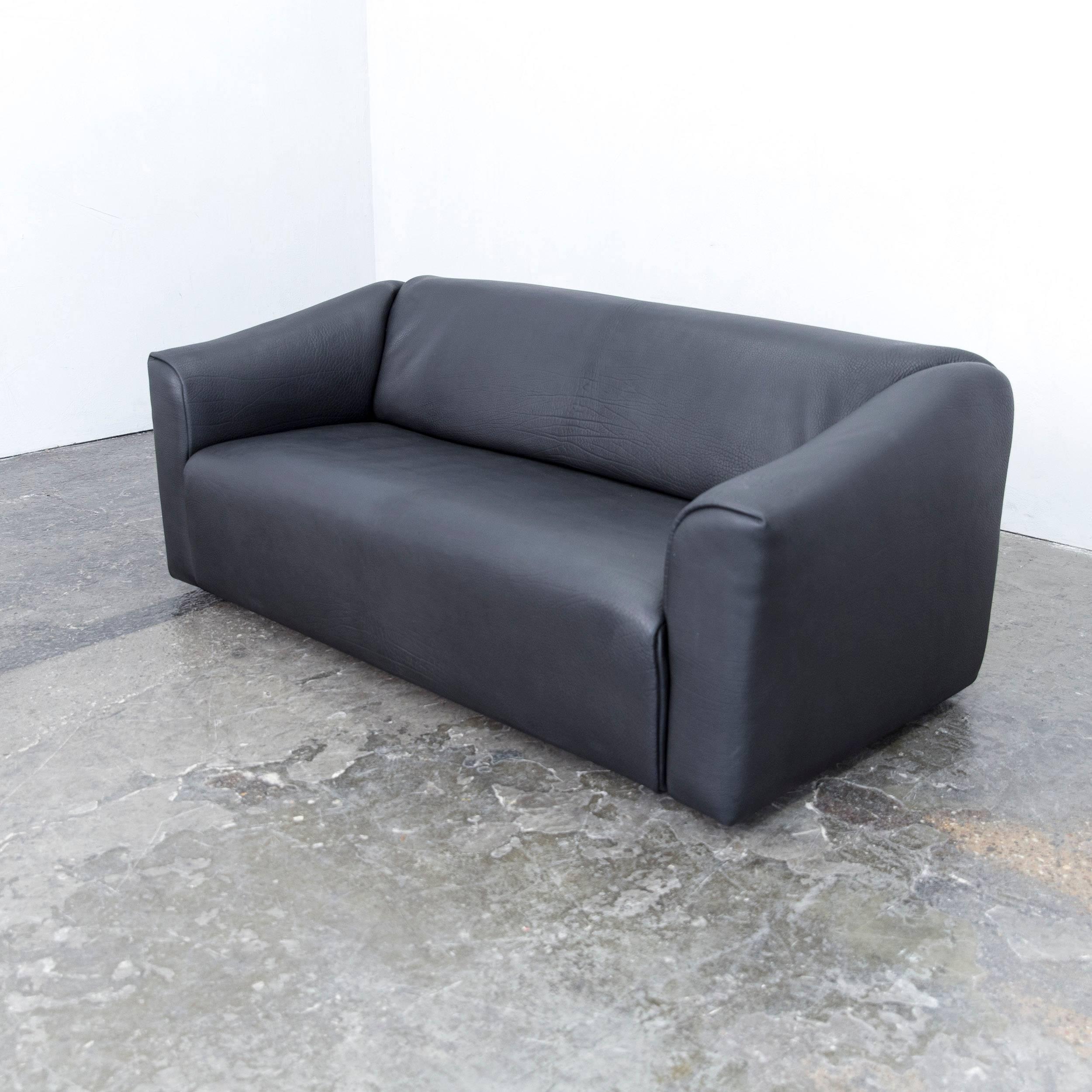 Couch schwarz trendy ecksofa vida xcm webstoff grau kunstleder de sede ds designer sofa neckleather black threeseat function couch modern with couch schwarz parisarafo Image collections