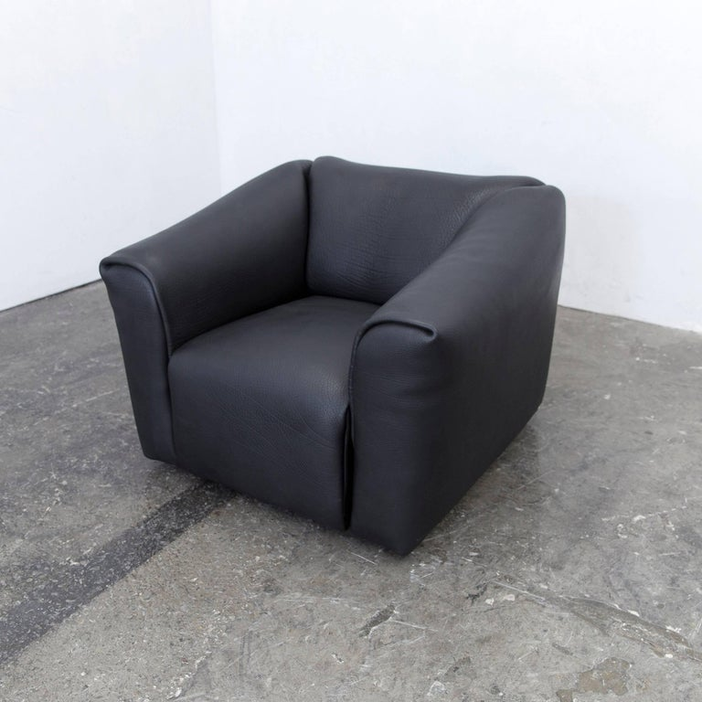 de sede ds 47 designer armchair neckleather black three. Black Bedroom Furniture Sets. Home Design Ideas