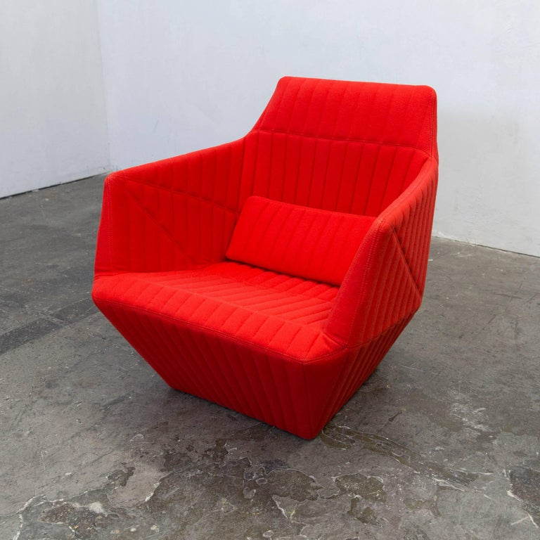 ligne roset facett r e bouroullec designer chair red. Black Bedroom Furniture Sets. Home Design Ideas