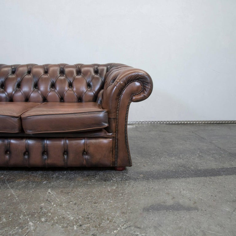 chesterfield leather sofa brown two seat couch retro. Black Bedroom Furniture Sets. Home Design Ideas