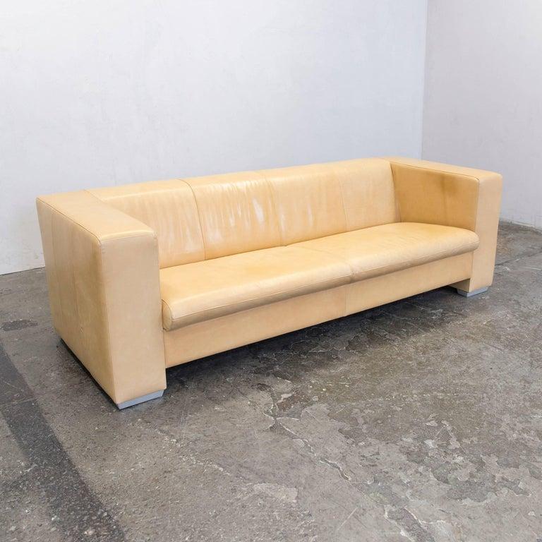 machalke designer sofa leather cr me beige three seat couch modern for sale at 1stdibs. Black Bedroom Furniture Sets. Home Design Ideas