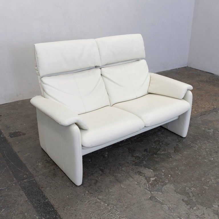 erpo lugano designer sofa leather cr me white two seat couch function modern for sale at 1stdibs. Black Bedroom Furniture Sets. Home Design Ideas