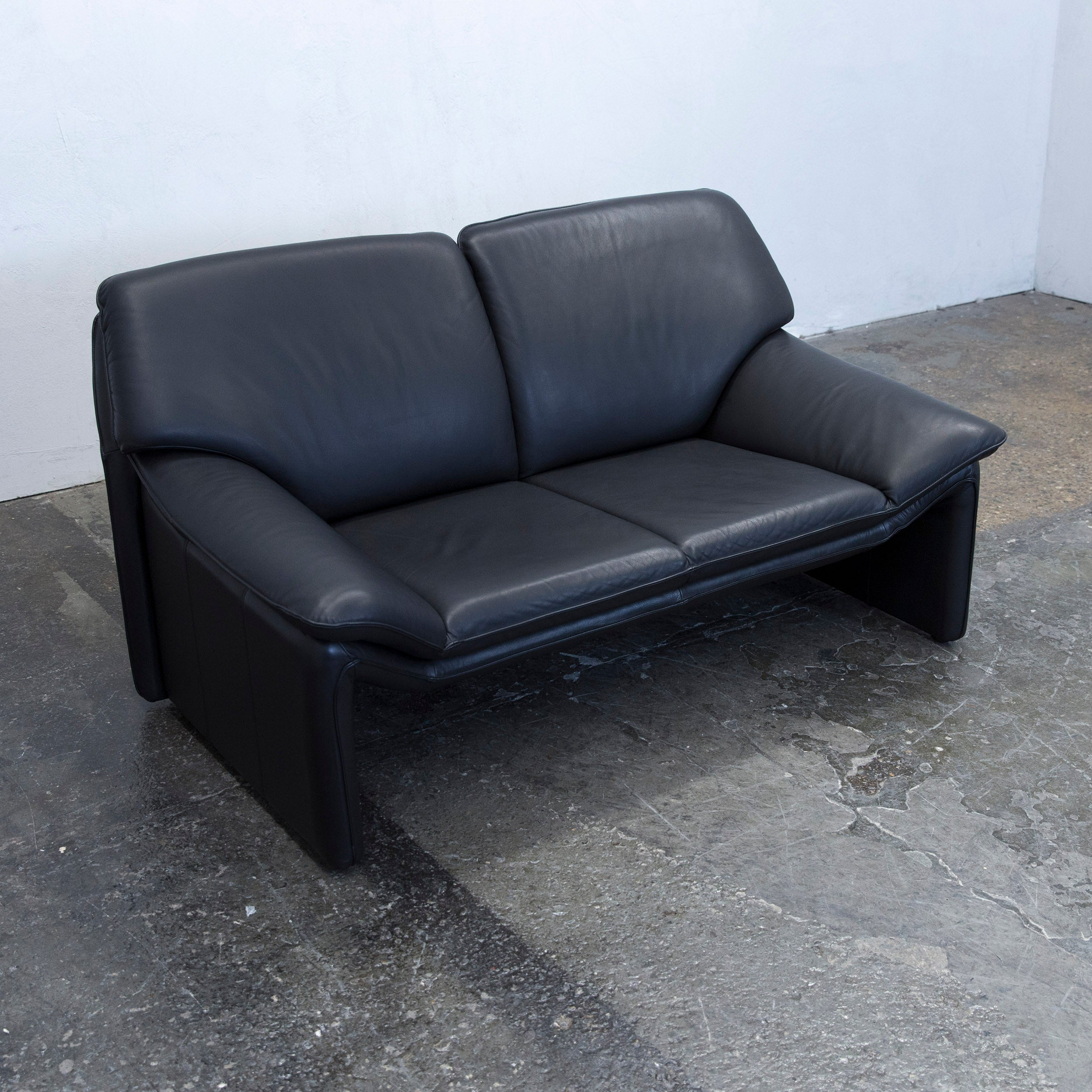 Laauser Atlanta Designer Sofa Leather Black Two Seat Couch Modern At 1stdibs