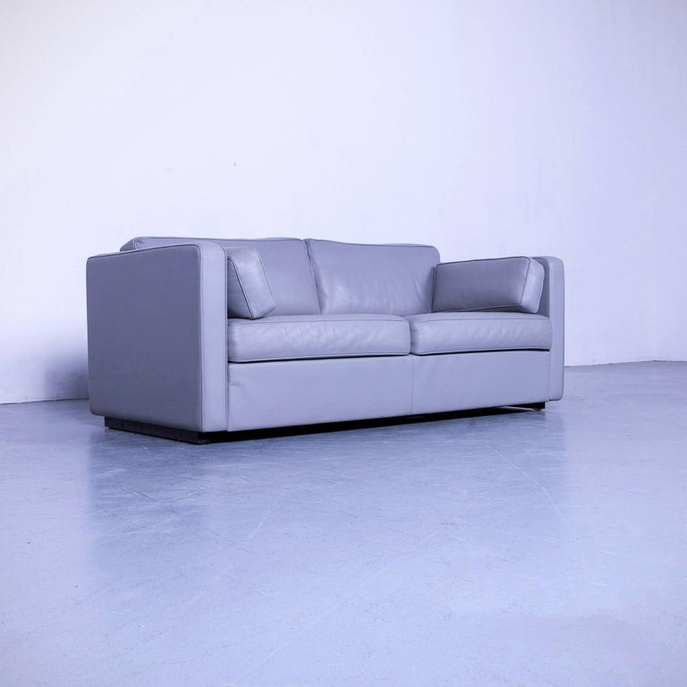 We bring to you an Walter Knoll leather sofa grey two-seat couch.
