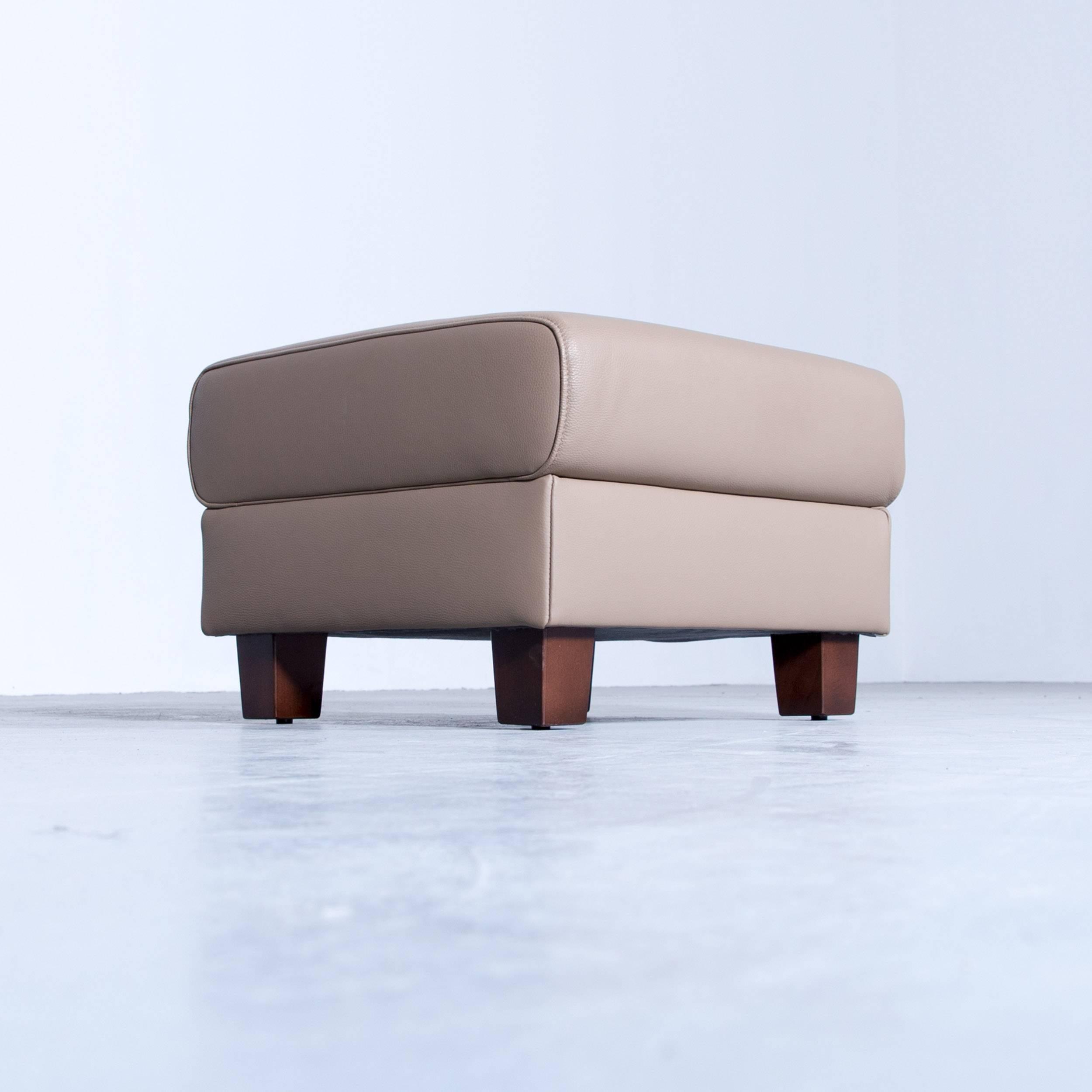 Akau0027dor Designer Footstool Leather Beige Brown Modern Footrest Wooden Feet  In Excellent Condition For