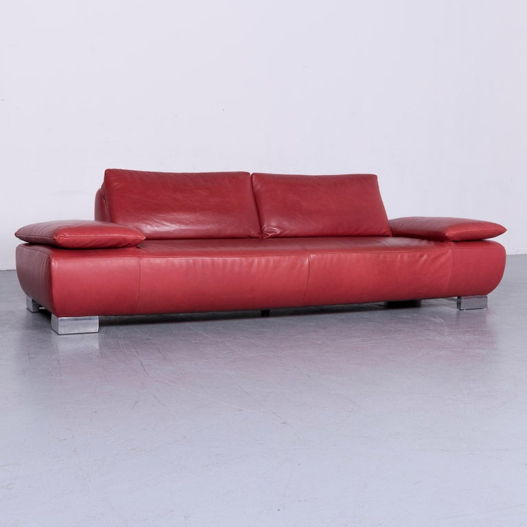 Koinor Volare Designer Sofa Red Three-Seat Leather Couch with Function In Good Condition For Sale In Cologne, DE