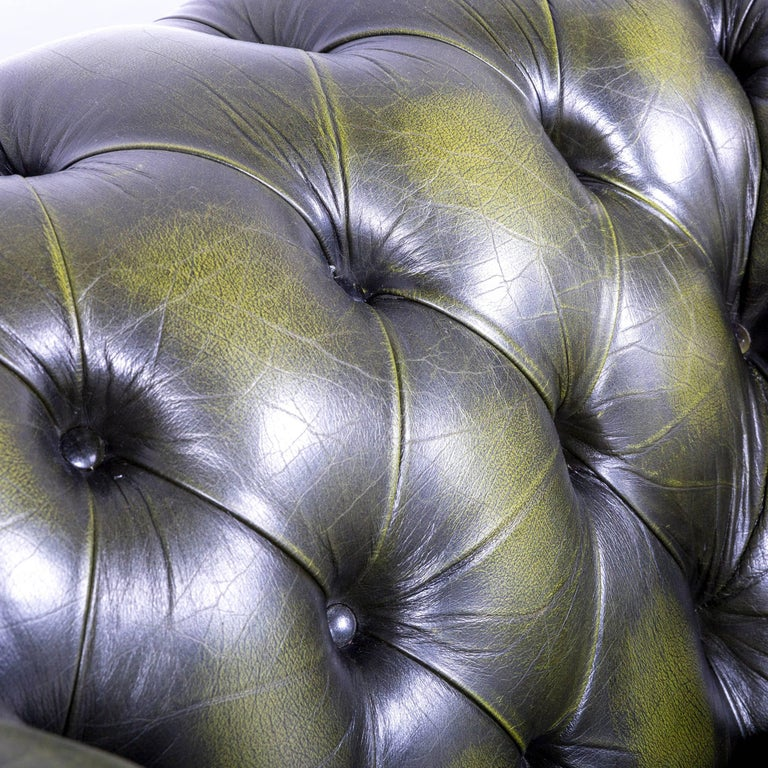 Contemporary Vintage Green Chesterfield Leather Buttoned Clubchair