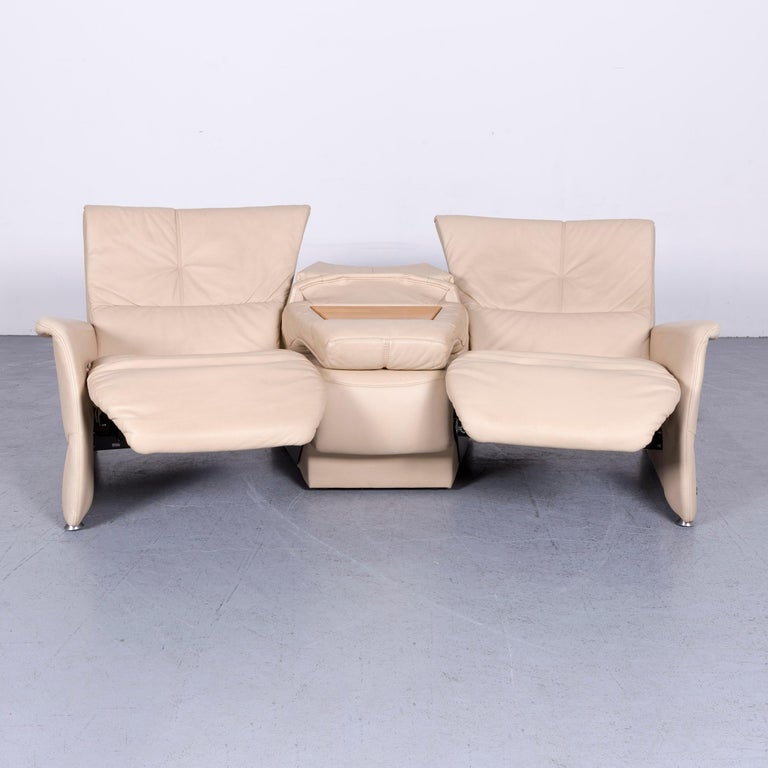 Himolla Designer Sofa Beige Three-Seat Couch Recliner Function In Good Condition For Sale In Cologne, DE