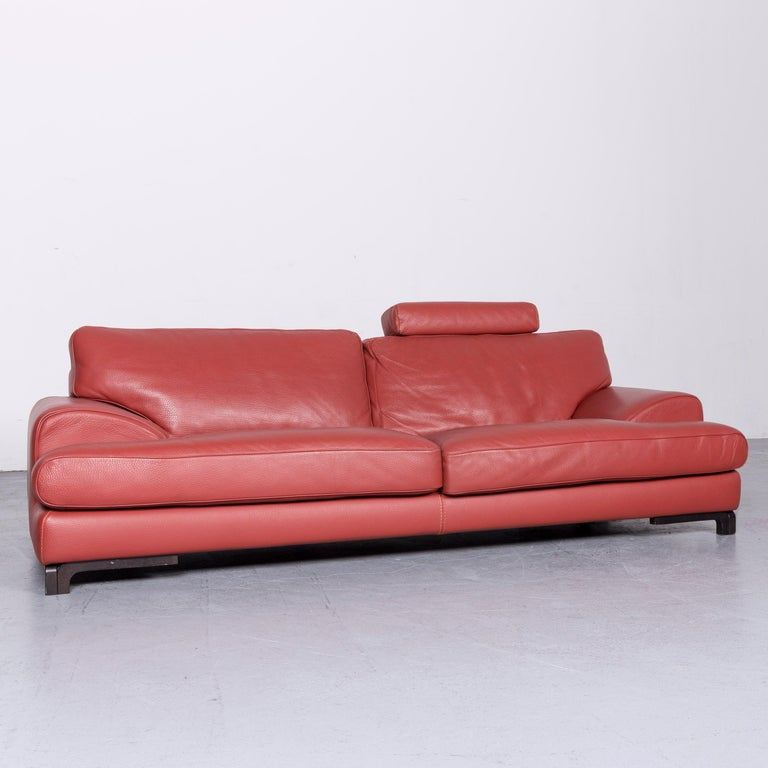 We bring to you a Roche Bobois designer leather sofa red two-seat couch.