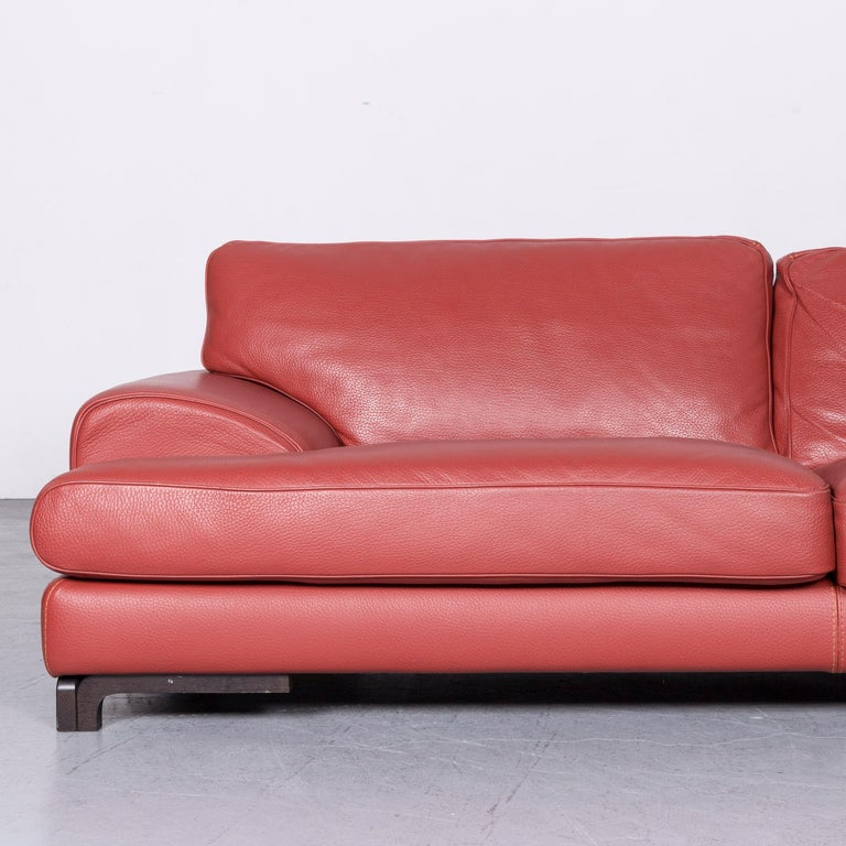 Roche Bobois Designer Leather Sofa Red Two-Seat Couch In Good Condition For Sale In Cologne, DE
