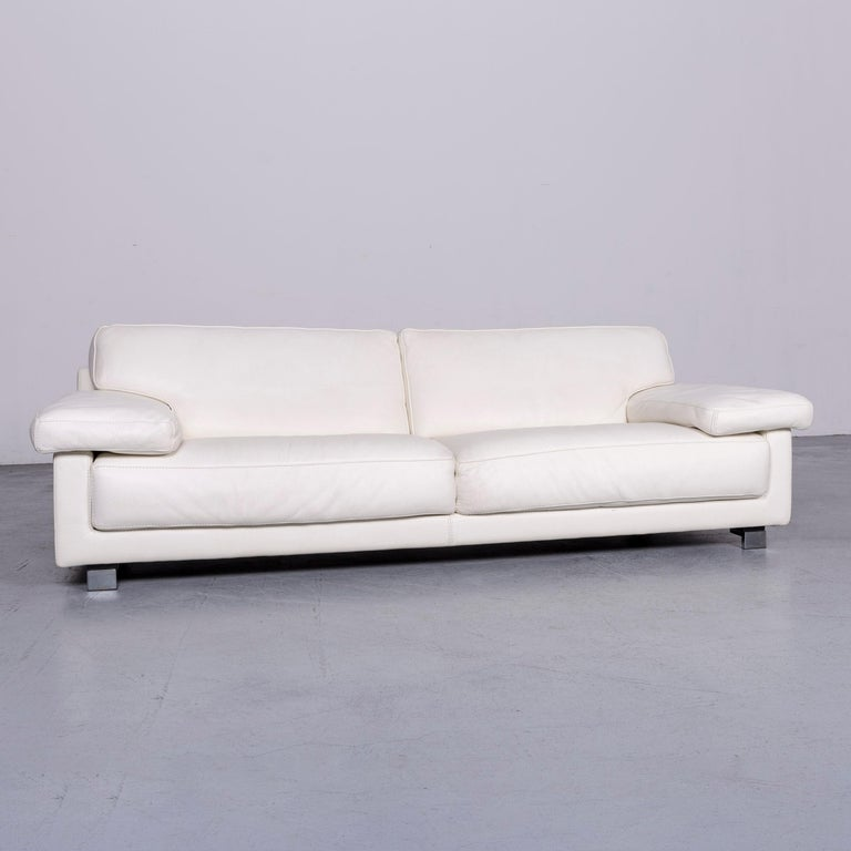 We bring to you a Roche Bobois designer leather sofa white three-seat couch.