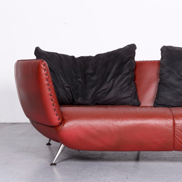German De Sede Ds 102 Designer Leather Sofa Red Two-Seat Couch For Sale
